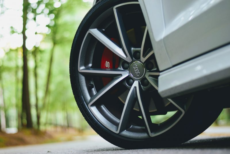 High-Performance Tyres: When to Buy, Sell and Invest
